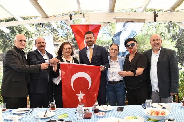 2020/10/1602350978__foca_foca_belediyesi_izmir_fatih_gurbuz_mahalligundem__(5).jpg