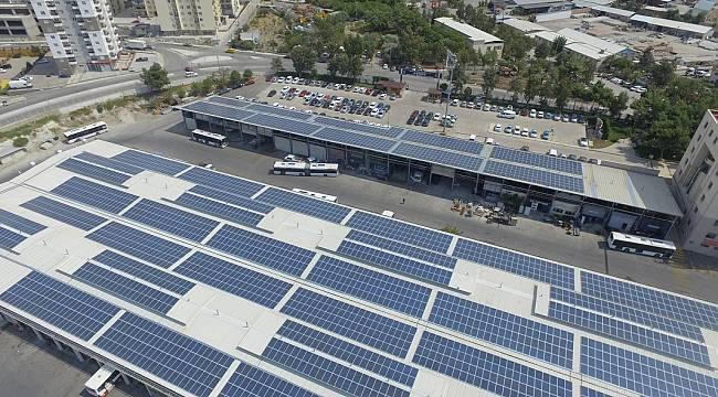 Enerjisini güneşten alan ESHOT'a ENSİA'dan tam destek