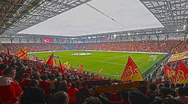 Gürsel Aksel Stadyumu Göztepe'nin yeni yuvası
