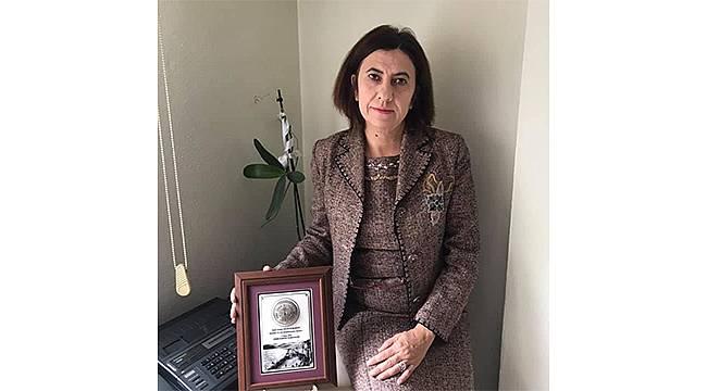 Menemen Belediye Başkanvekili kurayla CHP'li Deniz Karakurt oldu