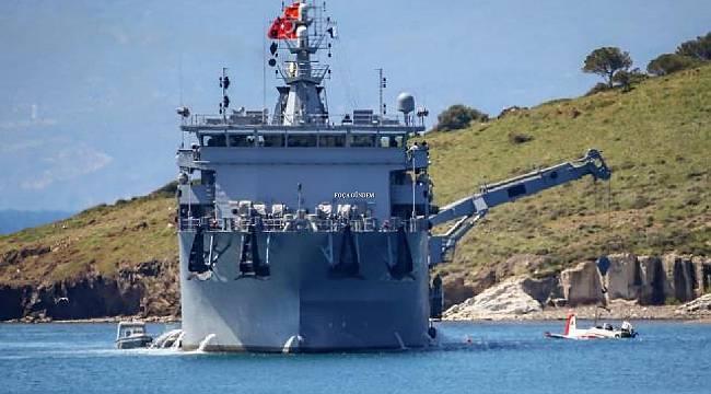 Foça'da düşen askeri eğitim uçağı denizden çıkarıldı