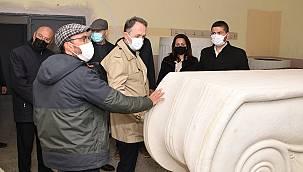 Müzeler Genel Müdürü Foça'yı ziyaret etti