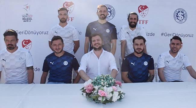 İzmir futbolu şaha kalktı