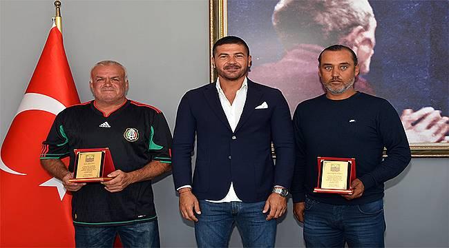 Foça Belediye Başkanı Gürbüz'den cesur balıkçılara teşekkür