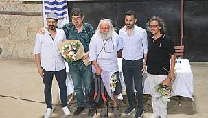 Foça'da Yaşayan Yazarlar Beşkapılar Kalesi'nde Foça'yı Söyleşti